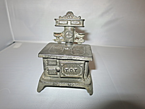 Tot Salesman Sample Toy Miniature Cook Stove