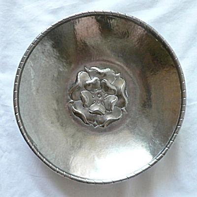 Rare Hugh Wallace Pewter Bowl