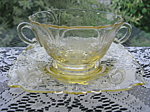Heisey Sahara Old Colony Etched Bouillon Cup/liner