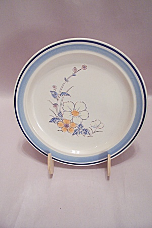 Japan Stoneware Floral Decorated Stoneware Salad Plate