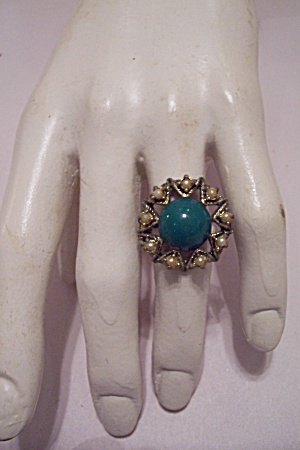 Women's Turquoise Cabachon & Pearl Ring