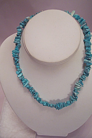 Native American Pueblo Turquoise Chip Necklace