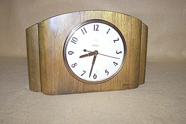 1939 Telechron Electric Table Clock Named Kirkwood