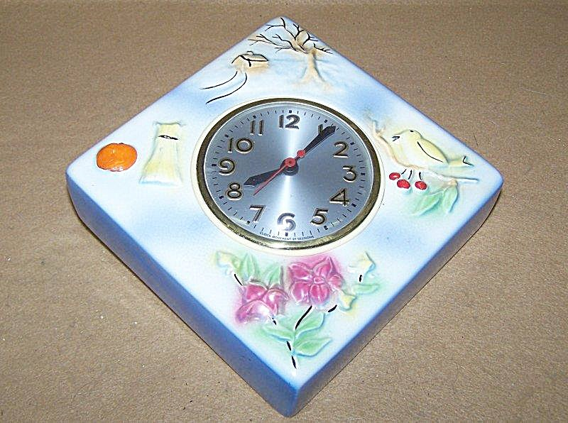 Vintage Hull Pottery 4 Seasons Sessions Mod W Clock
