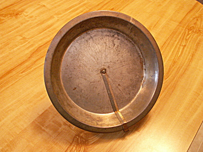 Vintage Tin Pie Plate With Easy Quick Release Rotating Arm B