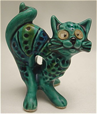 1970s Vintage Majolica Miniature Cat Figurine With Googley Eyes