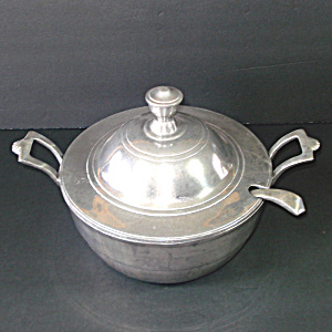 Wilton Armetale Pewter Soup Tureen With Ladle