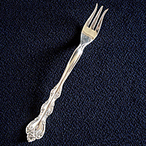 Interlude 1971 International Silverplate Pickle Olive Fork