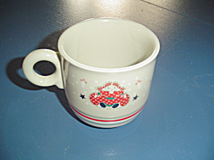 Noritake Epoch Holiday Joy Mugs Set Of 4 For One Price