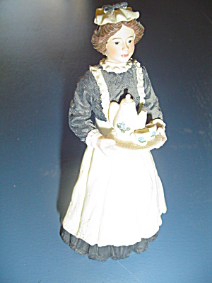 Resin Maid Serving Tea For Doll House Furniture Miniature