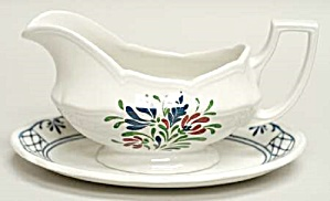 Johnson Bros Provincial Gravy Boat And Under Plate Relish Tray