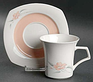 Nikko Peachglow Cups And Saucers