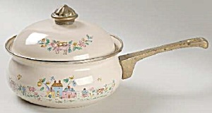 International Heartland Metal Saucepan - 1 Quart