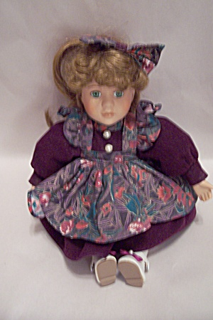 Dandee Collector's Choice Musical Doll