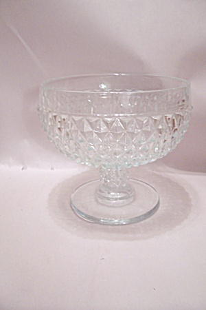 Crystal Pattern Glass Pedestal Centerpiece/fruit Bowl