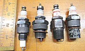 Spark Plugs Vintage Champion Lot Of 4