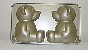 Nordicware Nonstick Build A Bear 3d Teddy Cake Mold Pan
