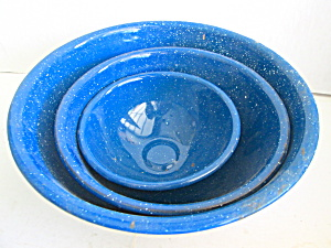 Vintage Graniteware 3 Piece Blue Specked Bowl Set