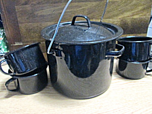 Metalware Handled Camping Pot And Cups