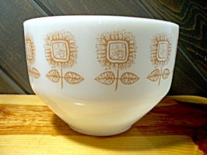 Federal Glass Brown Flower Batter Bowl