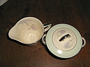 Homer Laughlin Wells Tulip Sugar & Creamer Set W9823