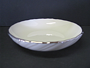 Lenox Gold Spedial Trimmed Ivory Sauce Dish