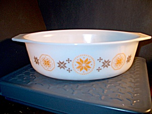 Vintage Corning Pyrex Town & Country Large Casserole