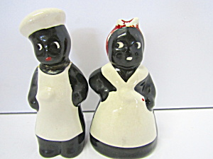 Vintage Black Mammie & Man.salt & Pepper Shaker Set