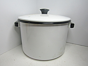 Vintage Enamelware Black & White Covered Stock Pan