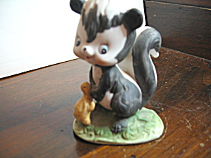Vintage Figurine Skunk & Turtle Friends