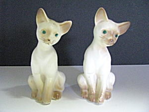 Vintage Porcelain Siamese Cat Salt & Pepper Shaker Set