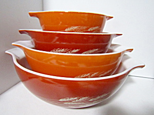 Vintage Pyrex Autumn Harvest Cinderella Bowl Set