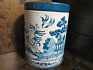 Vintage Blue Willow Round Tin