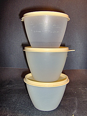 Vintage Tupperware Small Round Storage Bowls