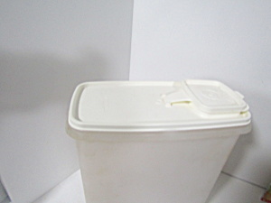 Vintage Tupperware Store-n-pour White Lid Cereal Keeper