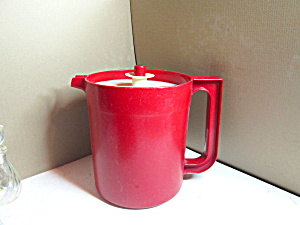Vintage Tupperware 1 Quart Red Juice Pitcher