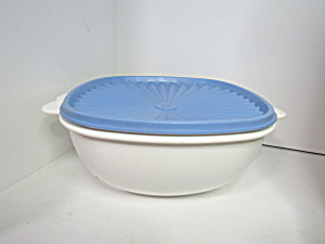 Vintage Tupperware Blue/white Servalier Bowl