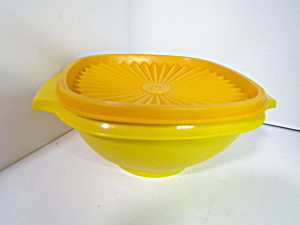 Vintage Tupperware Harvest Yellow Servalier Bowl