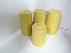 Vintage Tupperware Harvest Gold Tumbler Set Of Seven