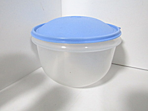 Vintage Tupperware Clear/blue Lettuce Keeper