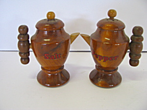 Vintage Wooden Coffee Pot Salt & Pepper Shaker Set