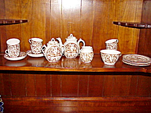 Staffordshire Child Punch/judy Teaset