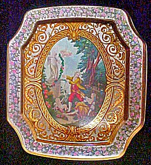 Period Tin Featuring Cupid - 8 Sided