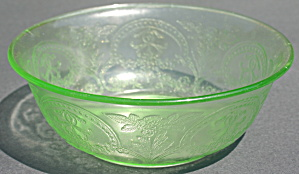 Green Indiana Glass No. 610 Horseshoe Salad Bowl