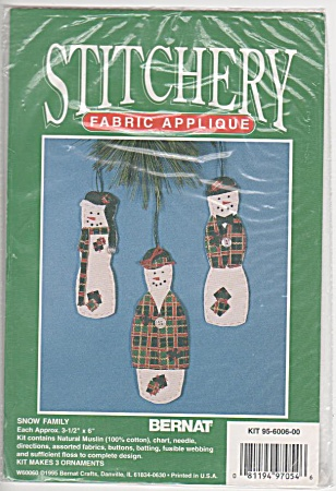 Snow Family - Holiday Ornaments - Oop - Bernat -