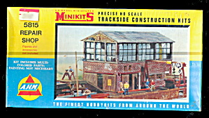 Ahm 5815 Trackside Repair Shop Kit Mint In Box