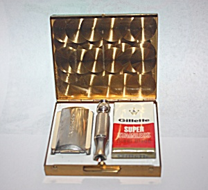1960'stravel Razor Kit Made By Gillette.