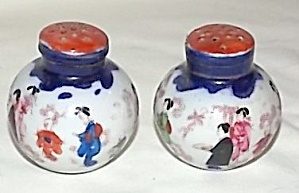 Antique Porcelain Oriental Shakers