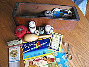 Singer Sewing Drawer And Notions