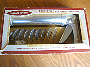 Wear-ever Cookie Pastry Decorator
